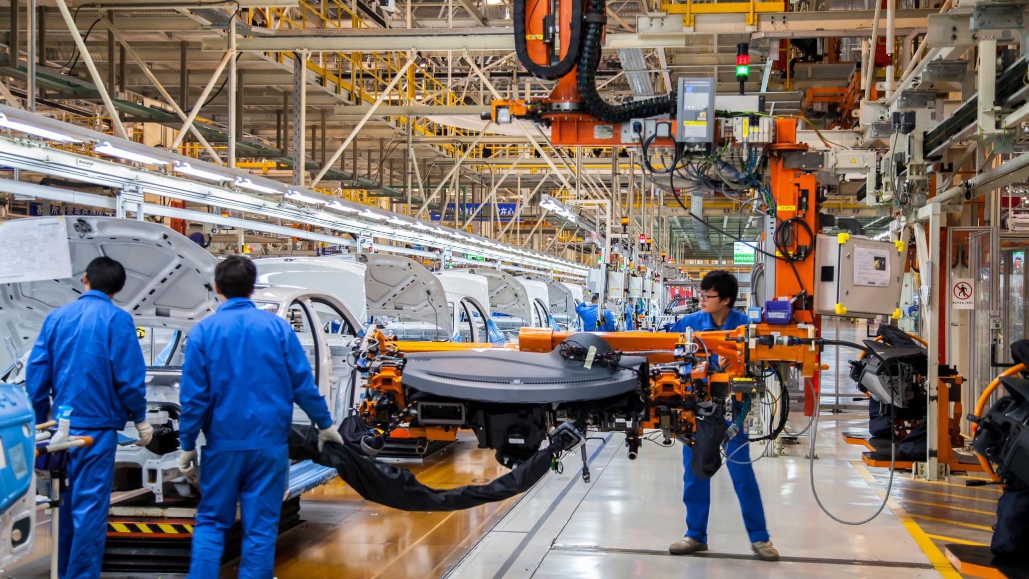 China high tech car manufacturing